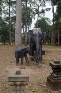 Elephant statues outside the Bayon temple